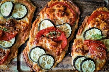 Gemüseseele. Handliche Pizza mit vegetarischem Belag